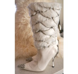WHITE SNOW QUEEN BOOTS WITH METAL & DIAMONTE DETAIL